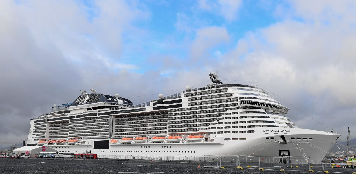 MSC MERAVIGLIA BREAKS RECORDS AS THE LARGEST CRUISE SHIP EVER TO CALL IN NORTHERN IRELAND
