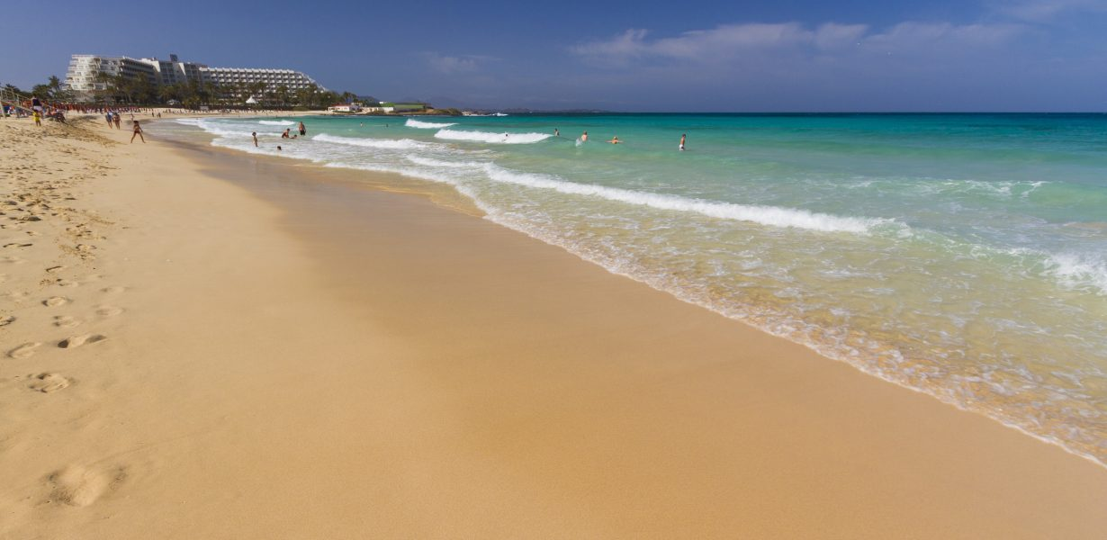 Why the Canary Islands Should be Your Next Family Holiday Destination
